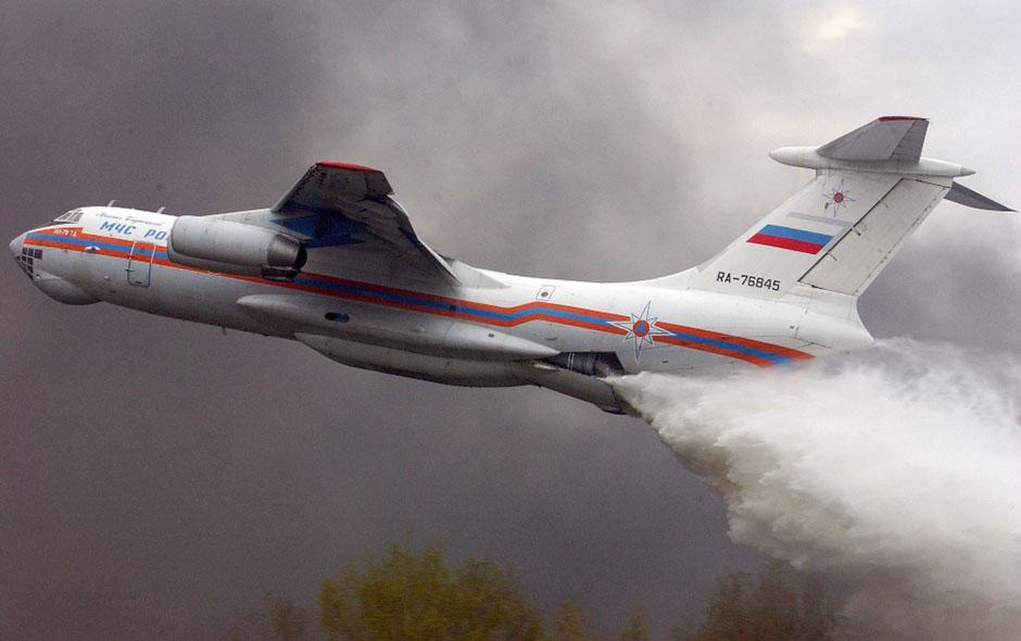 Resultado de imagen de avión ruso antiincendios Ilyushin IL-76, q