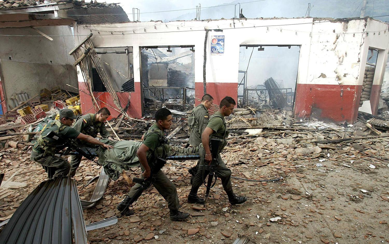 Resultado de imagen para guerra colombia